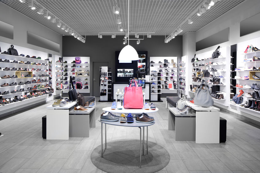 Plafond magasin chaussures for Faux plafond magasin